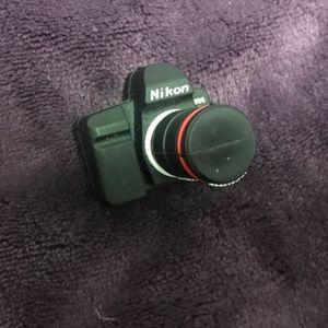 Nikon Camera USB (8GB)